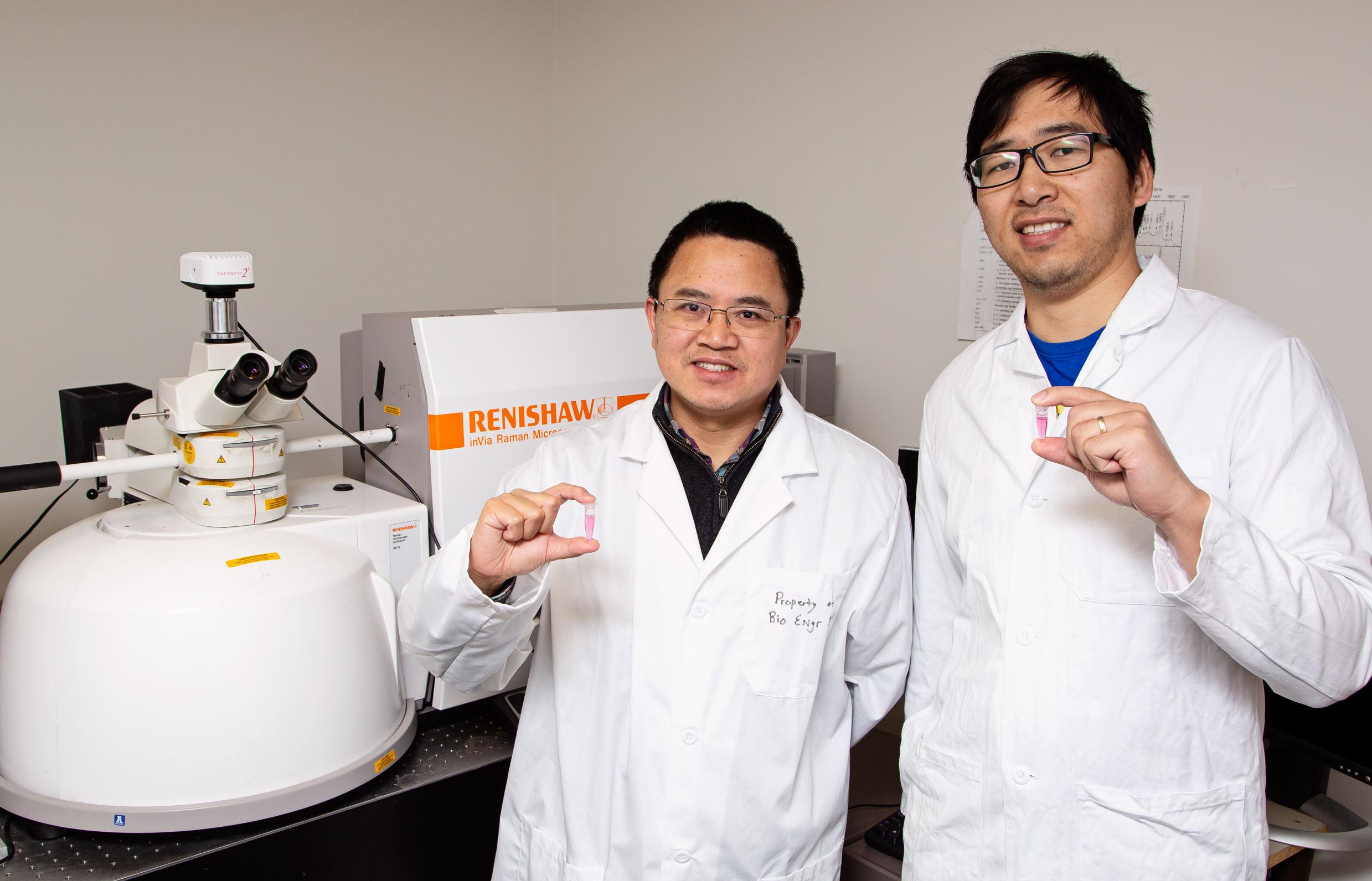 Une équipe de chercheurs américains a mis au point un outil pour suivre les événements cellulaires qui peuvent mener à des conditions liées à l'obésité. Selon le professeur Zhou, cette nanosonde d'imagerie optique peut aider à comprendre l'apport en graisses.