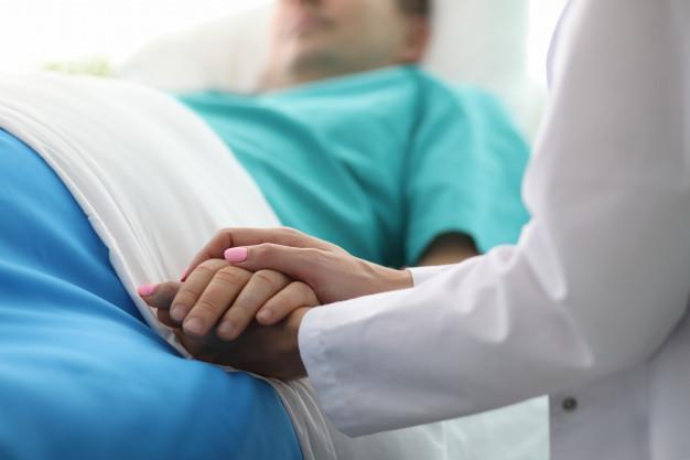 Covid-19 : beaucoup de patients en réanimation en France souffriraient de surpoids ou d'obésité