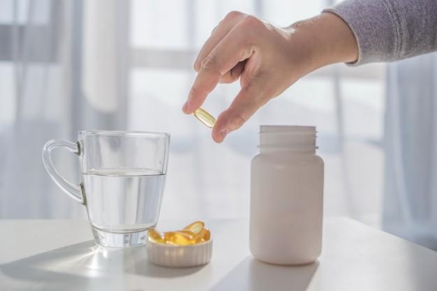 Méconnus, les risques nutritionnels post-chirurgie de l'obésité ne sont pas sans conséquences pour la santé. Les déficiences en vitamine D sont réelles et réclament un suivi permanent. De nouvelles technologies sont mises au point pour veiller à cet équilibre et accompagner le patient dans son parcours de soins.