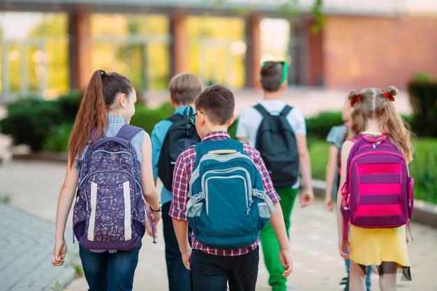 Un rapport du Fonds des Nations Unies pour l'enfance (Unicef) vient de révéler que les enfants des pays les plus riches du monde ne possèdent pas les mathématiques de base ni les compétences en lecture et sont victimes d'un mauvais bien-être mental. Au plan physique, ils souffrent de surpoids et d'obésité : la France, 26e, est très mal classée.